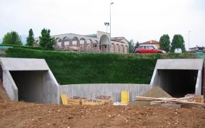 gradonatura e giardini terre rinforzate Rilevato in terre rinforzate di collegamento di due ingressi sotterranei Schio