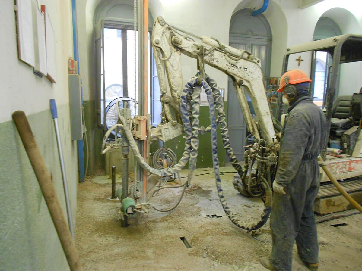 micropali opere speciali Micropali di rinforzo all'interno dell'edificio Recoaro Terme