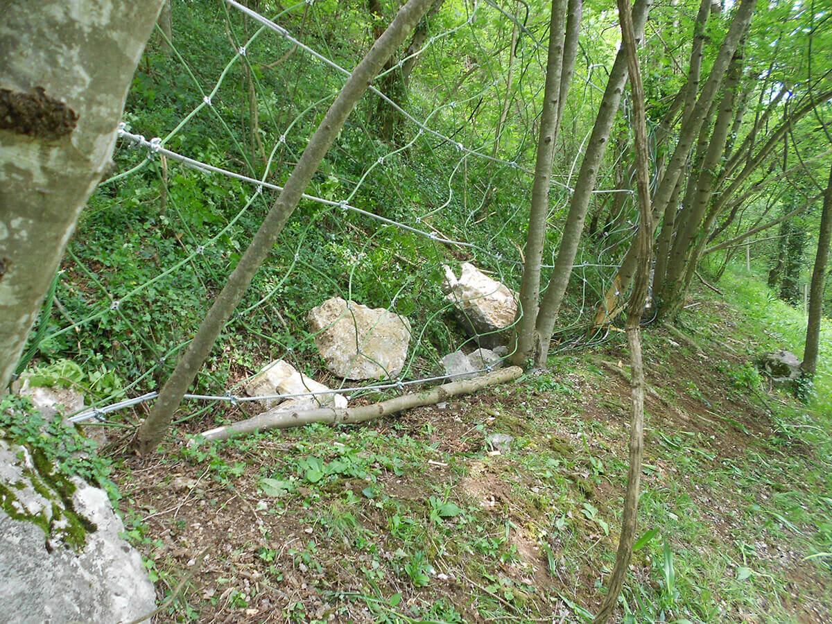 disgaggi bonifica pareti Opere provvisorie a difesa della caduta massi durante le fasi di disgaggio Recoaro Terme