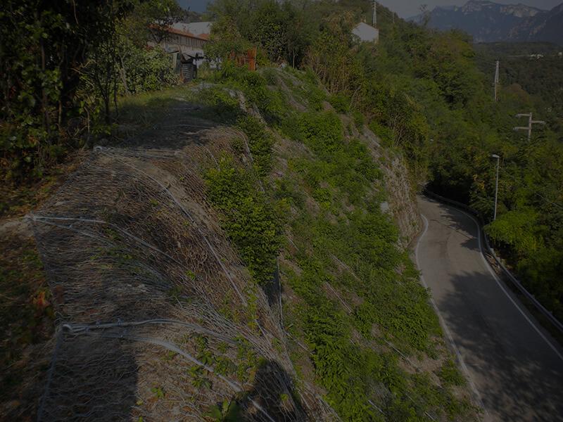 Precisione nell'installazione - Servizi di consolidamento Piccole Dolomiti
