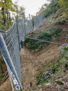 Barriera paramassi